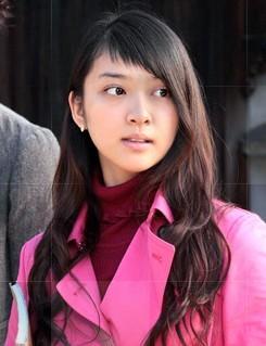 すべてがFになる 武井咲ちゃんの髪型 前髪が斬新すぎるヘアスタイル